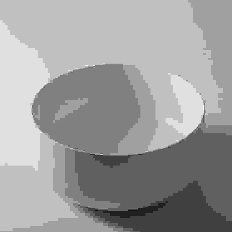 bagno chic Modern bathroom Ceramic White
