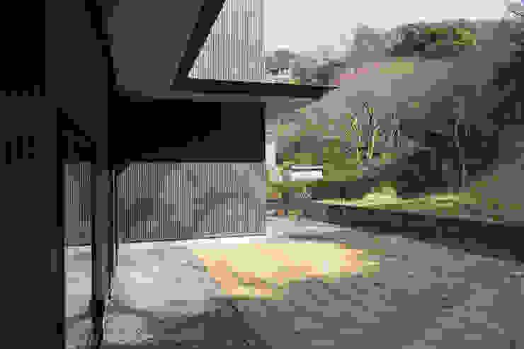 桑原茂建築設計事務所 / Shigeru Kuwahara Architects Modern Garden