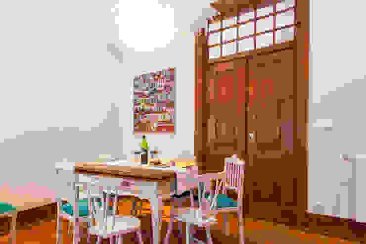 Apartamento Alma Lusa, uma casa portuguesa, com certeza!: Salas de jantar  por alma portuguesa