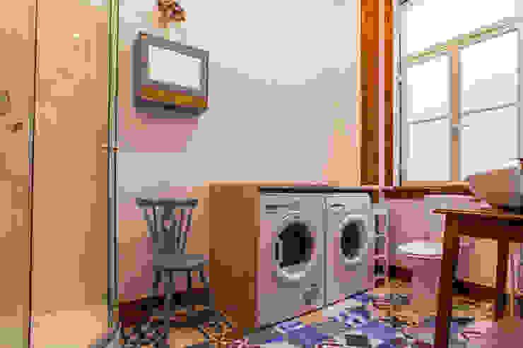 Apartamento Alma Lusa, uma casa portuguesa, com certeza! Casas de banho rústicas por alma portuguesa Rústico