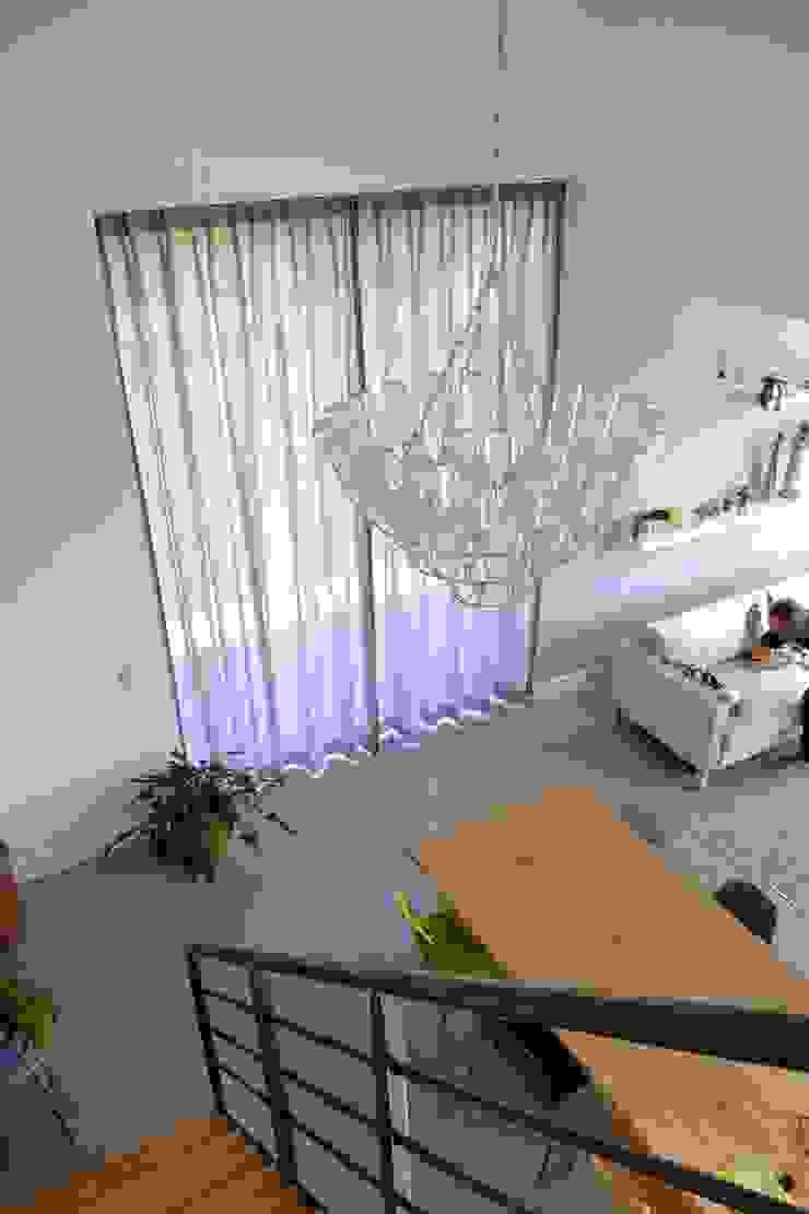 Window Fashion: modern  door AVdeco, Modern