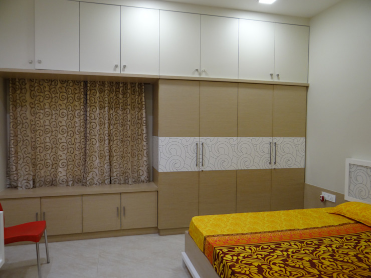 Ground floor Master bedroom wardrobe Modern style bedroom by Hasta architects Modern