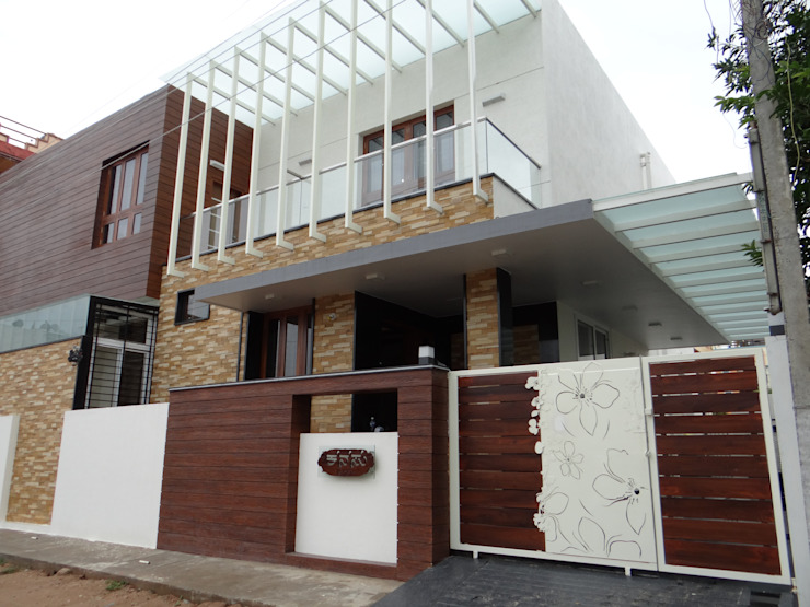 Residence of Mr.Manjunath Modern houses by Hasta architects Modern