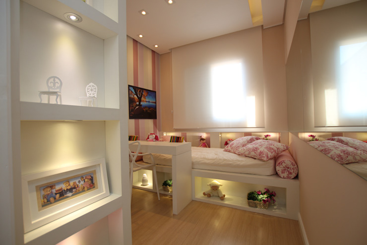 Детская комната в стиле модерн от Pricila Dalzochio Arquitetura e Interiores Модерн