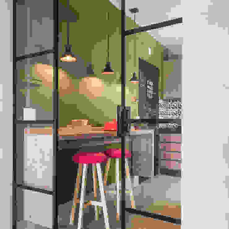 Cores Lovers Modern kitchen