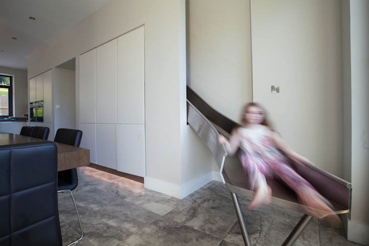Modern fun house is children's favourite Des Ewing Residential Architects Dapur Modern
