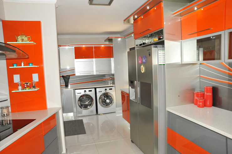 Cuisine moderne par Expert Kitchens and Interiors Moderne