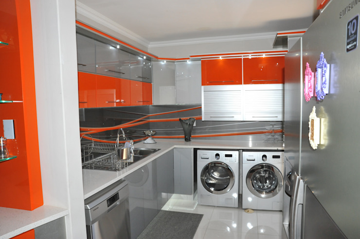 Orange and Silver Niemann Kitchen with Cesar Stone Work Tops. Modern kitchen by Expert Kitchens and Interiors Modern