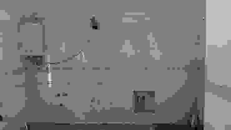 Retirar cozinha antiga de Atádega Sociedade de Construções, Lda Clásico