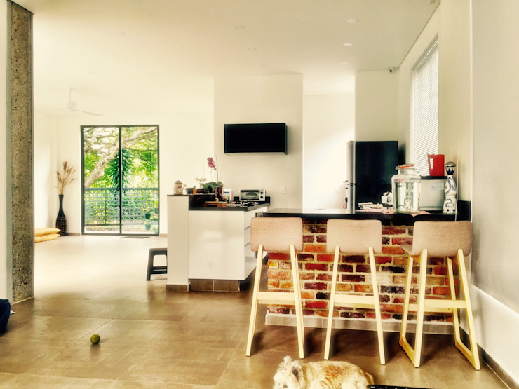 Dapur oleh Vertice Oficina de Arquitectura, Modern