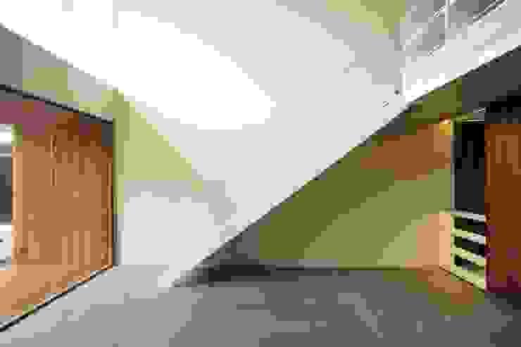 Remodelación y conversión de casa a corporativo de Alvaro Moragrega / arquitecto Moderno