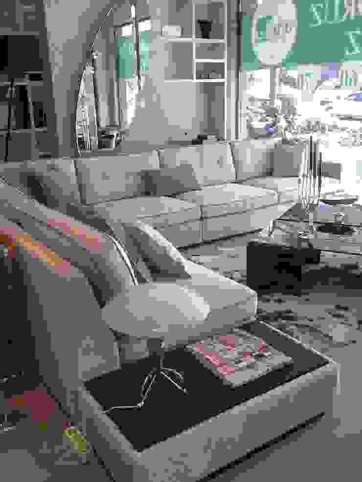 N'CESUR FURNİTURE – living room: modern tarz , Modern Masif Ahşap Rengarenk