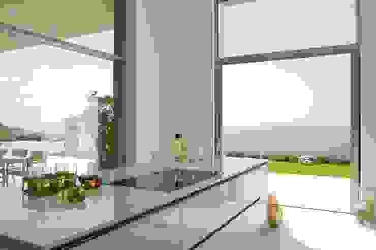 CASA SEACUB Cocinas de estilo minimalista de RM arquitectura Minimalista