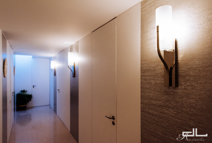 Moradia Bom Sucesso Corredores, halls e escadas modernos por DL AMBIENTES Moderno
