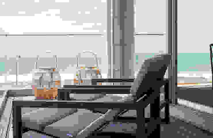 Balcon, Veranda & Terrasse modernes par Filipa Cunha Interiores Moderne