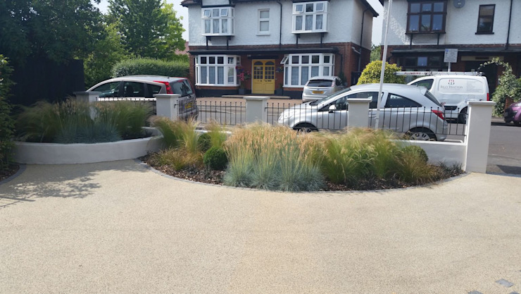 Front Garden Design Woking, Surrey Modern Garden by homify Modern