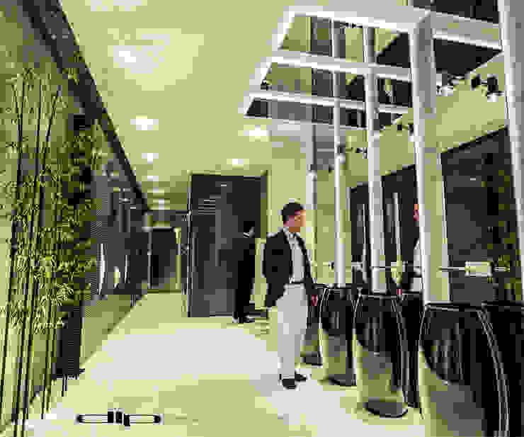TORRE V1 Baños modernos de dlp Arquitectos Moderno