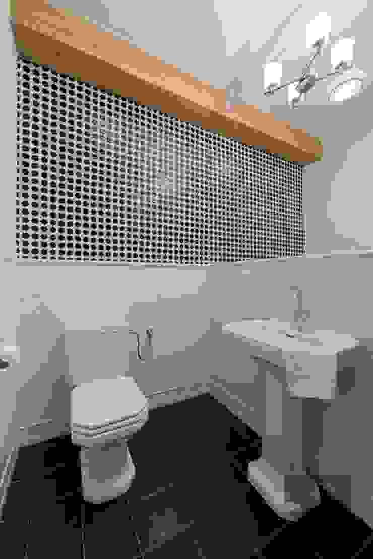 Salle de bain originale par Pogotowie Projektowe Aleksandra Michalak Éclectique
