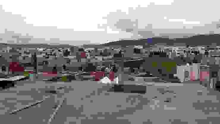 OBRA EN CONSTRUCCIÓN COL, TULIPANES, PACHUCA HGO, Casas modernas de ARQGC GRUPO CONSTRUCTOR Moderno Aglomerado