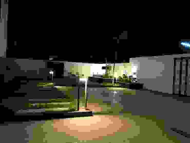 Landscape area Modern garden by Hasta architects Modern