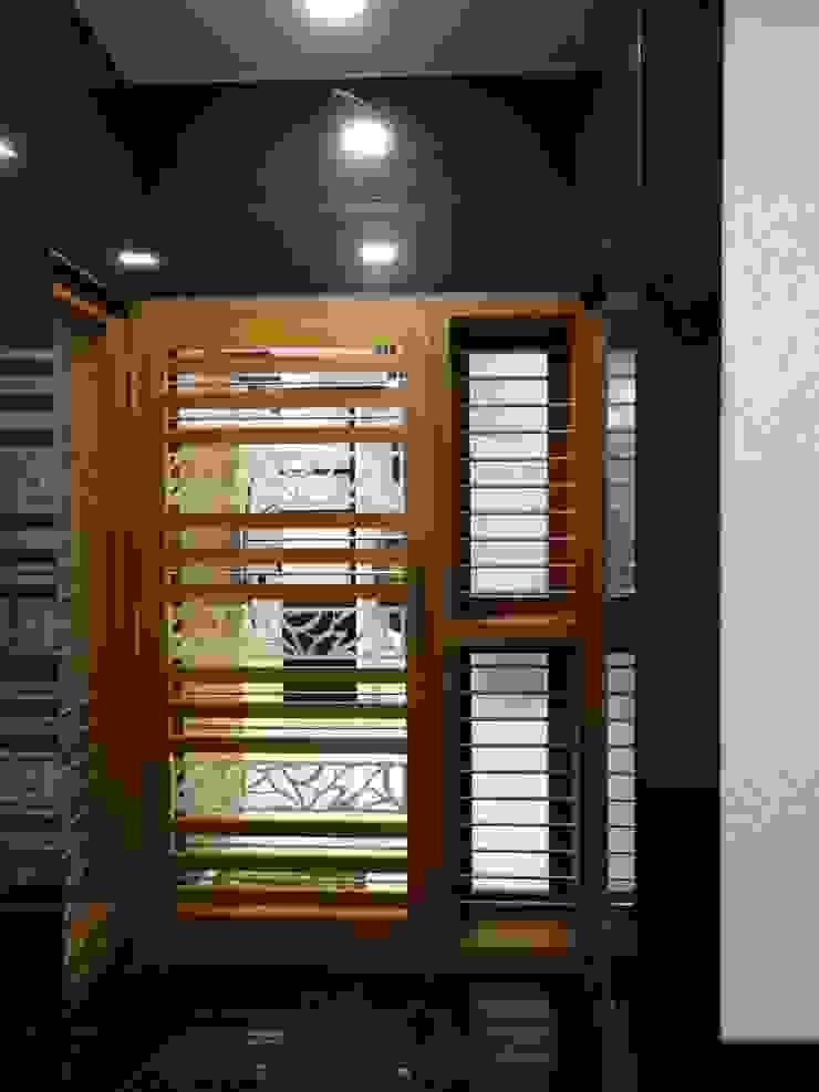 Safety Door Modern corridor, hallway & stairs by Hasta architects Modern