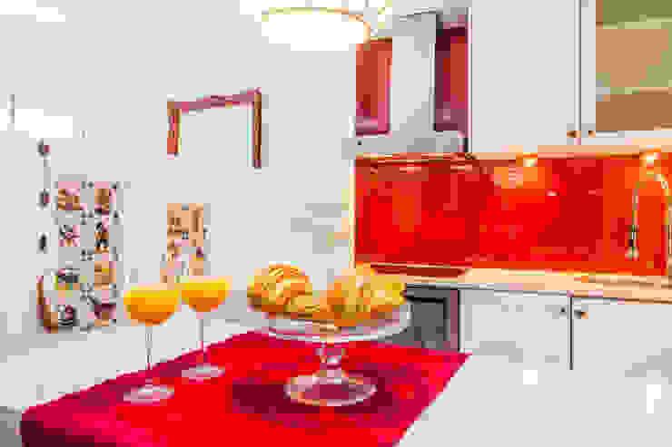 Cocinas de estilo rústico de alma portuguesa Rústico