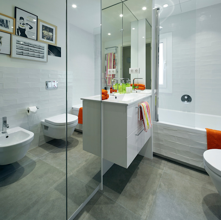 Modern style bathrooms by Molins Design Modern