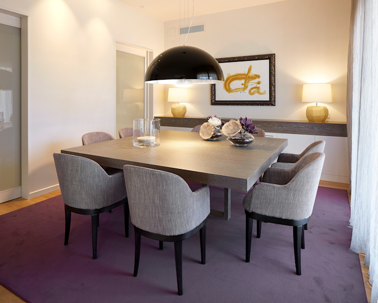 Molins Design Classic style dining room