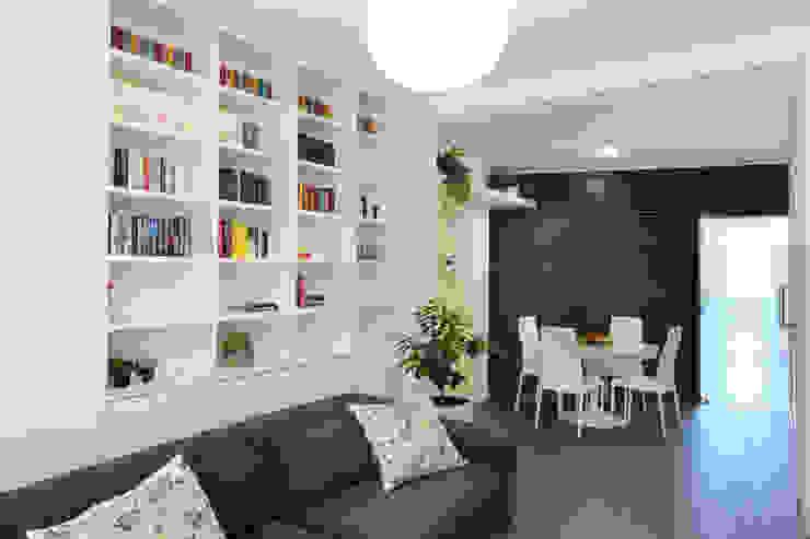 Ruang Keluarga oleh studio ferlazzo natoli, Minimalis