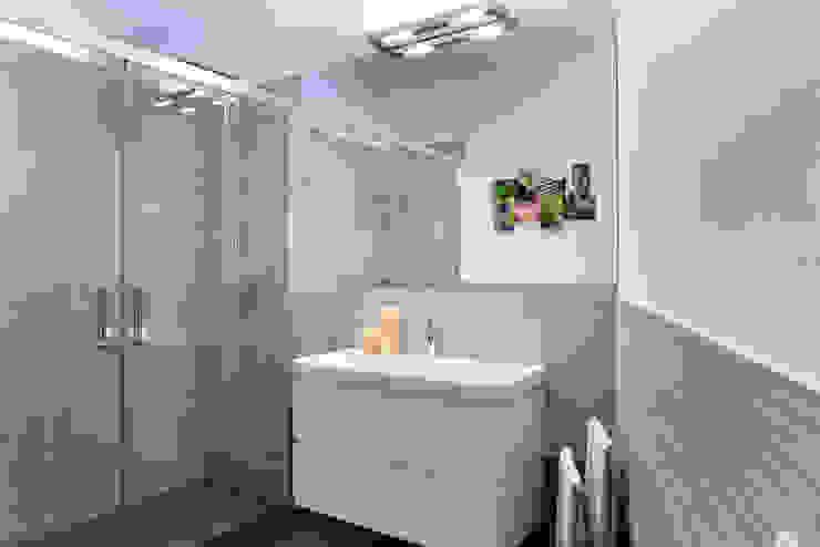 studio ferlazzo natoli Casas de banho minimalistas