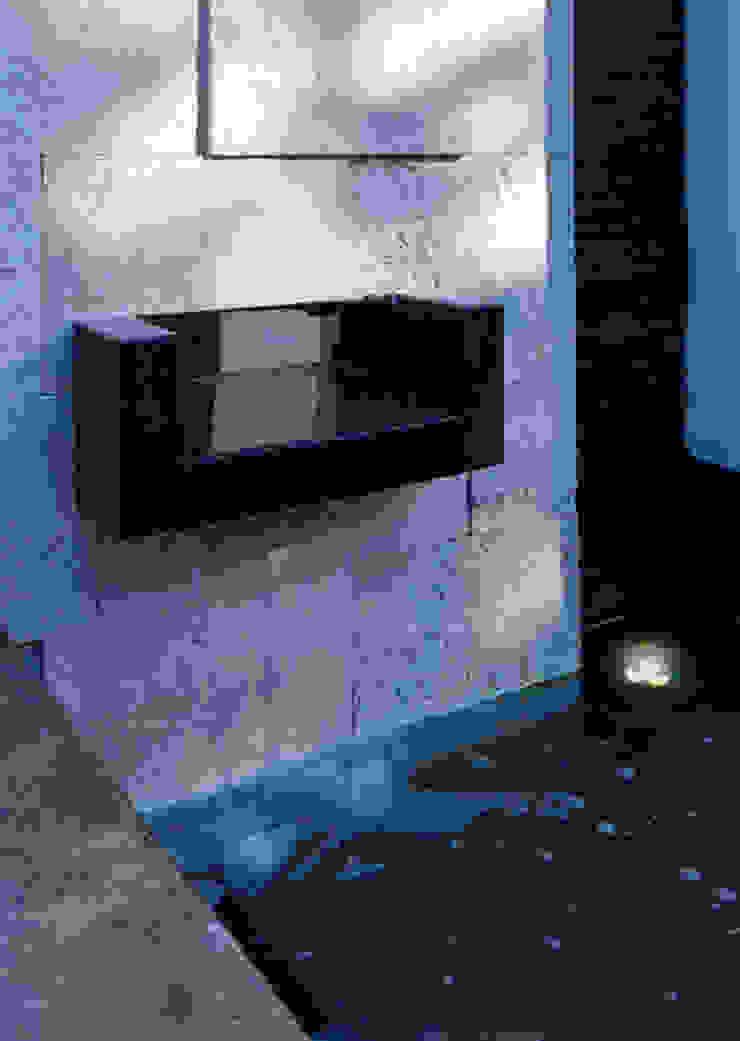 FUENTE Casas modernas de Excelencia en Diseño Moderno Piedra