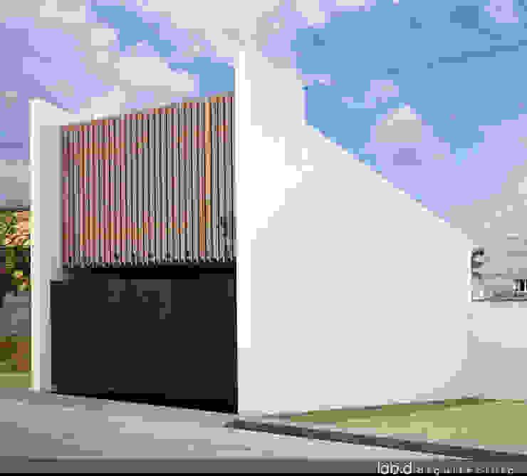 CASA CUBE Casas minimalistas de lab d arquitectura Minimalista