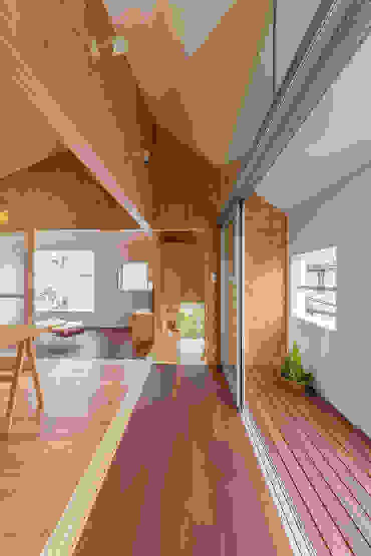 Modern Terrace by 水石浩太建築設計室/ MIZUISHI Architect Atelier Modern