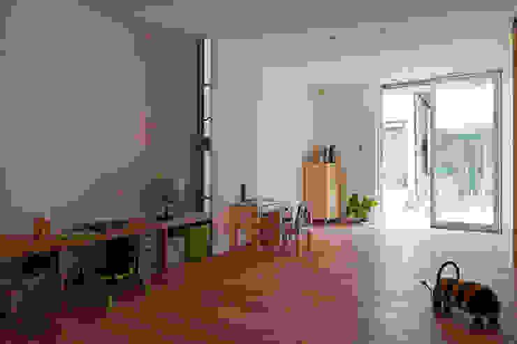水石浩太建築設計室/ MIZUISHI Architect Atelier Chambre d'enfant moderne