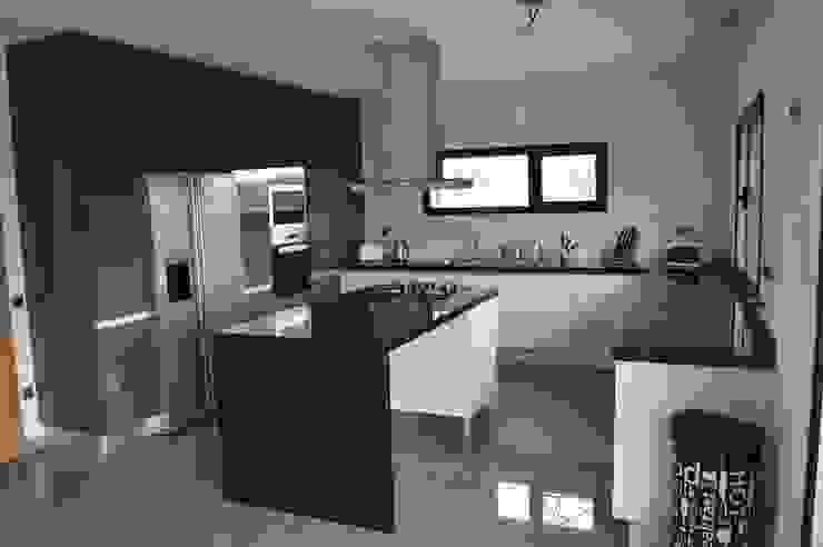 Ilha de cozinha Cozinhas modernas por Ansidecor Moderno Derivados de madeira Transparente