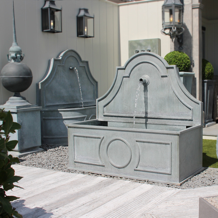 Tiber Water Features - Square and Curved von A Place In The Garden Ltd. Klassisch