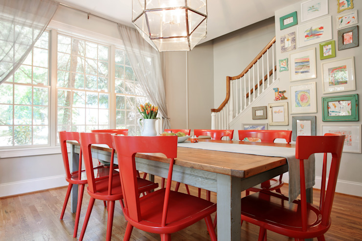 Modern Farmhouse Dining Room 根據 Larina Kase Interior Design 現代風 實木 Multicolored