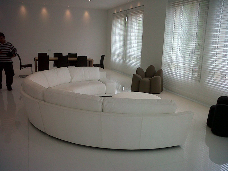 minimalist  by NB INTERIORES, Minimalist Leather Grey