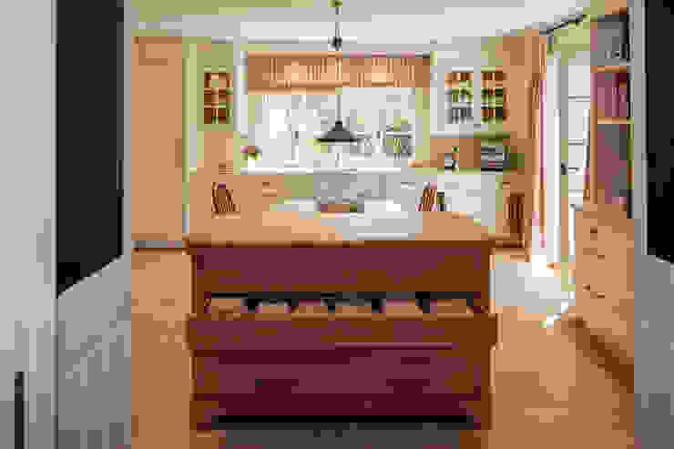 BAUR WohnFaszination GmbH Kitchen Wood White