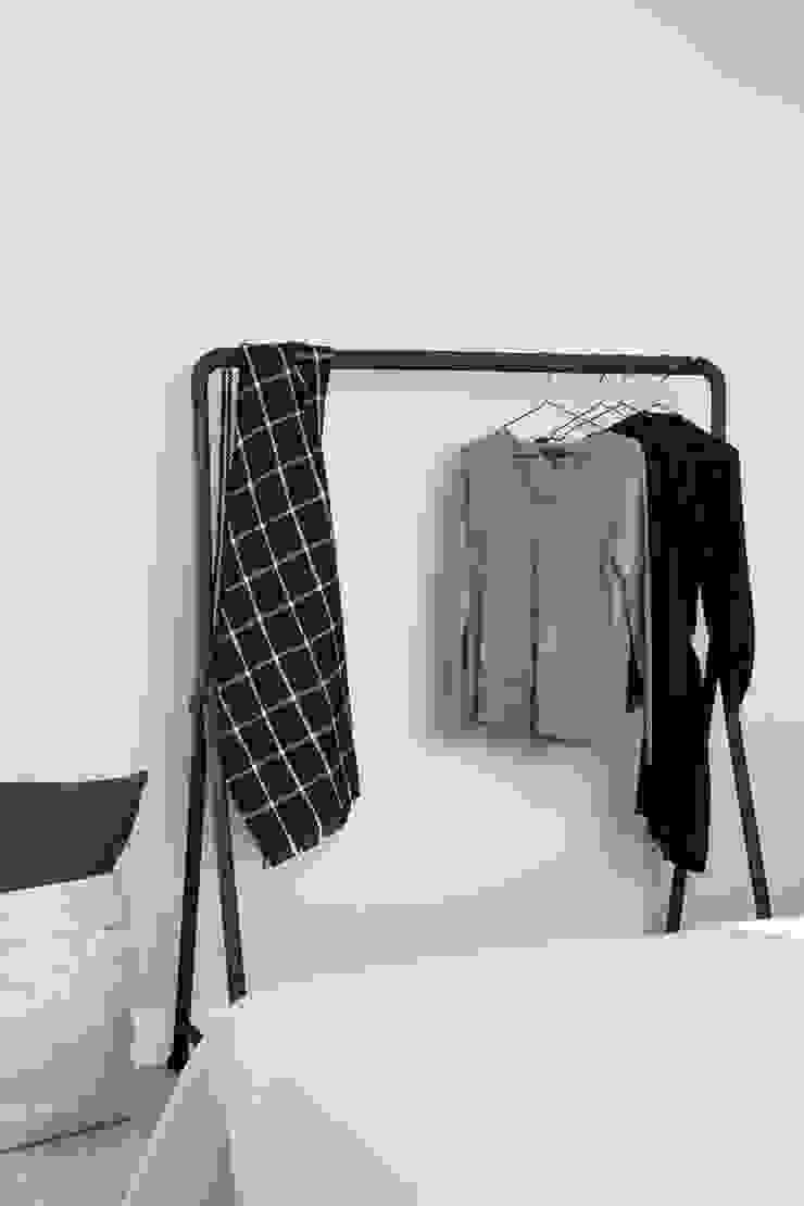 Eikelenburg Moderne kleedkamers van Studio Mariska Jagt Modern