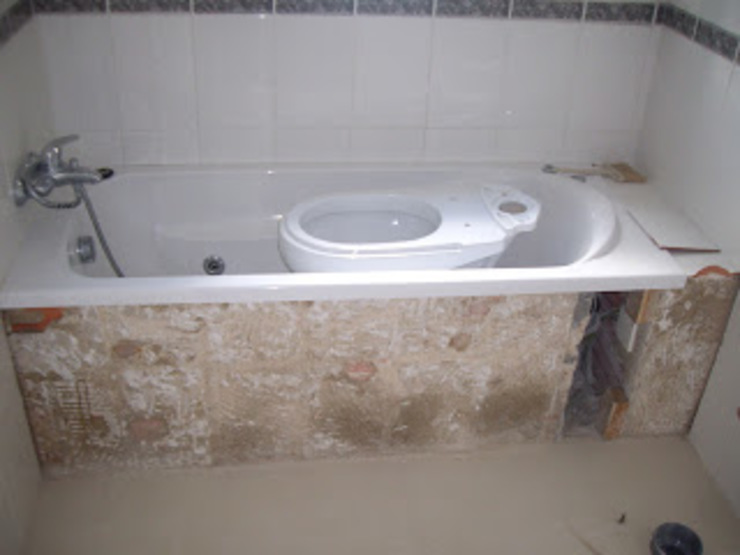 Atádega Sociedade de Construções, Lda 浴室 White
