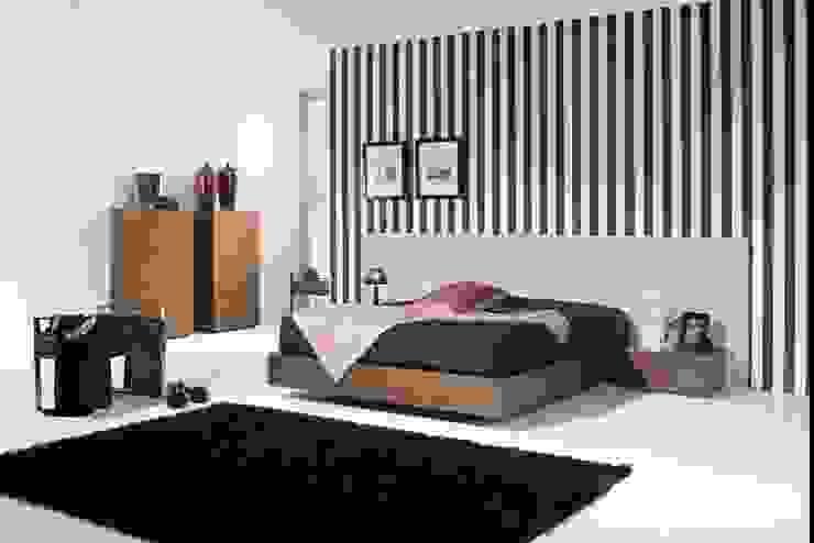 Mobiliário de quarto Bedroom furniture www.intense-mobiliario.com HORLOGE por Intense mobiliário e interiores; Moderno
