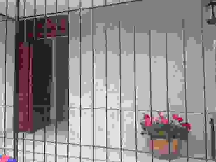 Remodelación de Casa Bosques:  de estilo  por Alejandra Zavala P.,