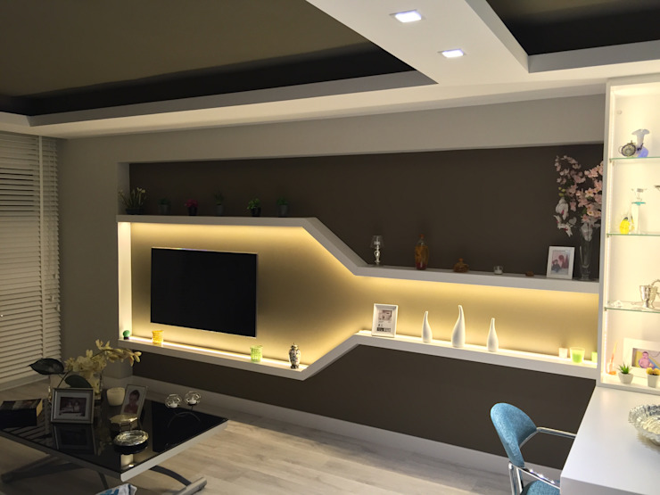 现代客厅設計點子、靈感 & 圖片 根據 Sebastián Bayona Bayeltecnics Design 現代風