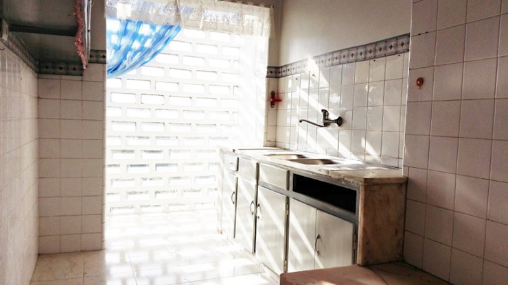 Remodelação Total Apartamento T2 Benfica - LIsboa por FourHouse - Obras e Serviços