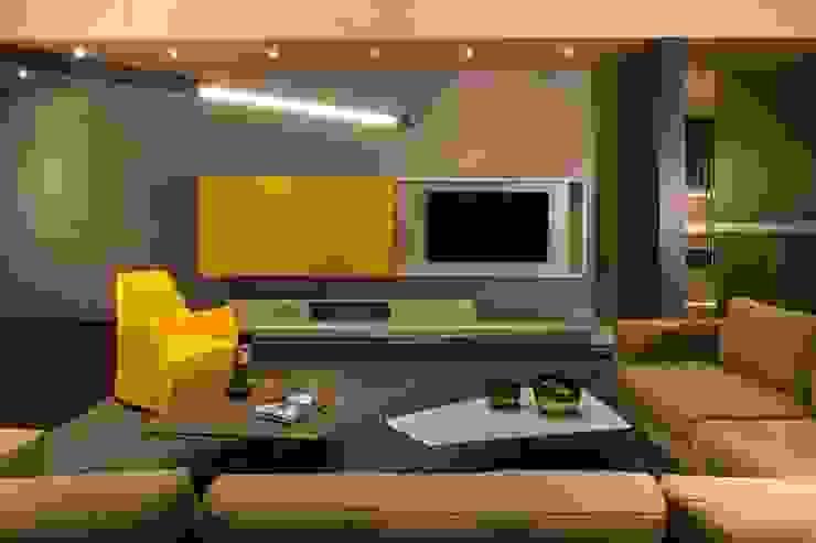 Salas multimedia modernas de Línea Vertical Moderno