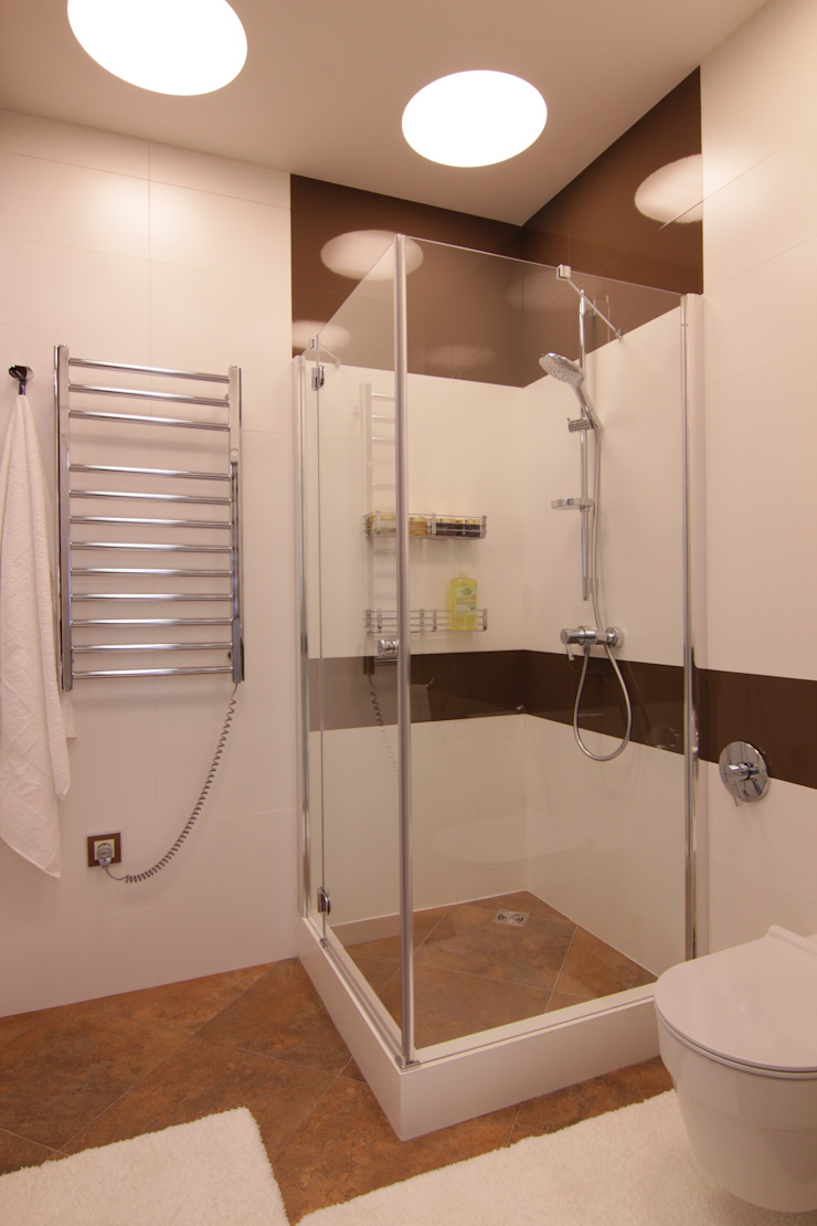 Bellarte interior studio Minimalist bathroom White