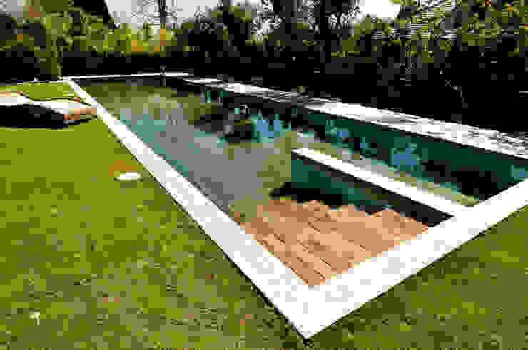 Hồ bơi theo AGOR Engineering, Hiện đại