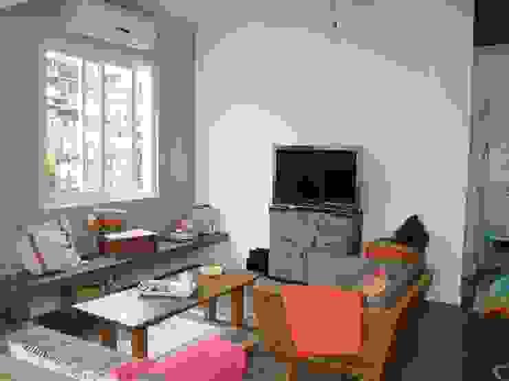Living room by BF Sustentabilidade, Arquitetura e Iluminação, Eclectic