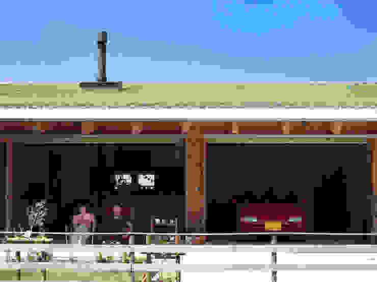 KAZ建築研究室 Varandas, alpendres e terraços ecléticos Madeira